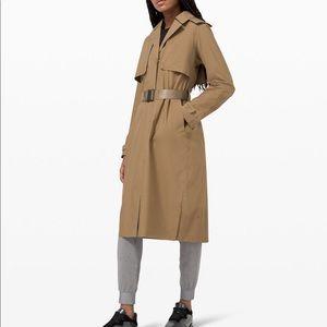 ❗️NWT❗️| Lululemon | Trench Coat. Size 6.